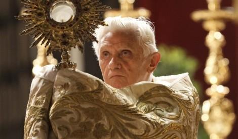 Corpus-Christi-pope-banner-640x375 (1)