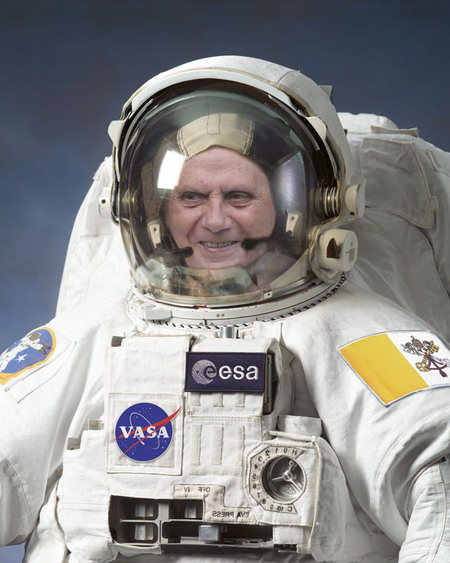 pope-in-space